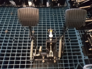 LG30DT-foot-brake